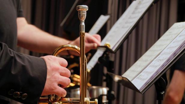 trumpet-2942146-960-720.jpg