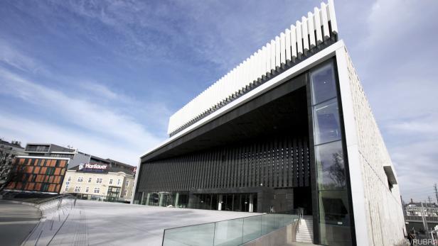"""Puccinis """"La Bohème"""" eröffnet die Opernspielzeit im Musiktheater Linz"""