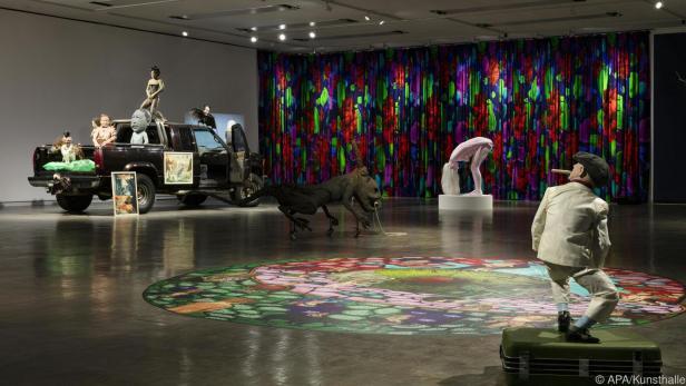 Bunt und figurenreich präsentiert sich Ines Doujak in der Kunsthalle